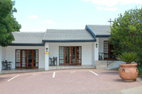 photo: Accommodation Burgersdorp - The Hut B&B (051)653-1110